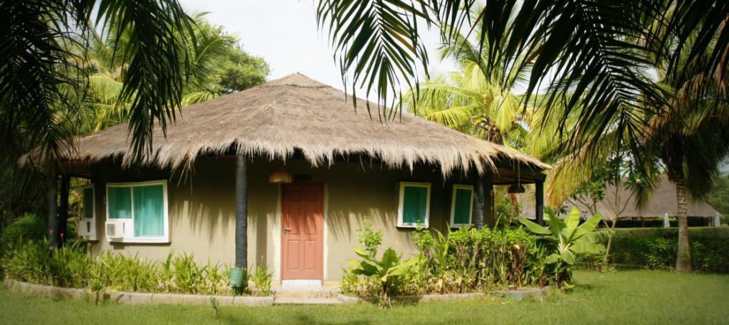 Sindola Lodge, Kanilai